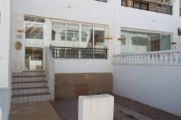 RVS23GF.  2 bed, 1 bath ground floor apartment close tpo shops and bars and golf course.