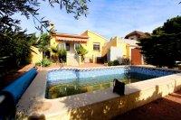 Bargain,Quesada, Costa Blanca, Spain. Referb project, 2, bed 2 bath Large pool, 495mtr plot.