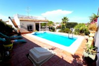 Beautiful 3 bed villa with 8x4 pool
