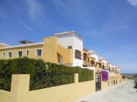 STUNNING 3 BEDROOM TOP FLOOR APARTMENT LOS MONTESIONS