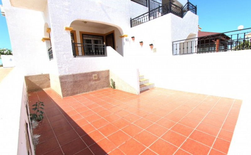 BARGAIN PROPERTY ONLY € 69,900  2 BEDROOM SOUTH FACING GROUND FLOOR APARTMENT OVERLOOKING THE POOL  FANTASTIC LOCATION FOR THIS PROPERTY FOR HOLIDAY AND PERMANENT LIVING LARGE LIVING AREA, SEPERATE KITCHEN, MASTER BEDROOM, AND  TWIN BEDROOM, FAMILY BATHRO