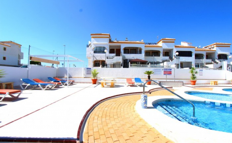 RVS817GF  2, BED, 1 BATH GROUND FLOOR APARTMENT, SOUTH FACING,    ENTRE NARANJOS, COSTA BLANCA, SPAIN.